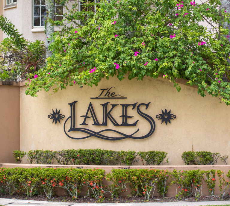 The Lakes Cairns Resort  - Surfers Gold Coast