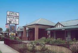 Tanjil Motor Inn - Surfers Gold Coast