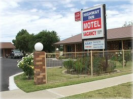 Highway Inn Motel - Surfers Gold Coast