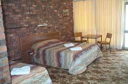 Coffin Bay Hotel Motel - Surfers Gold Coast