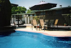 Sun Centre Motel - Surfers Gold Coast