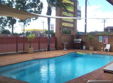 Town And Country Motor Inn Cobar - Surfers Paradise Gold Coast