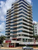 Beachfront Towers - Surfers Gold Coast