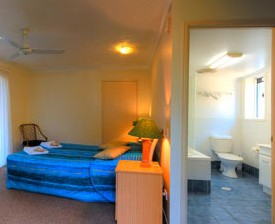 Blue Waters Motel - Surfers Gold Coast