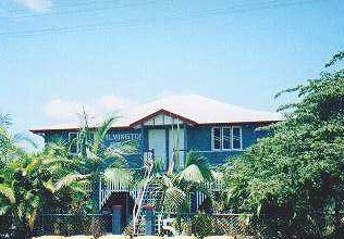 Ayr Backpackers/wilmington House - Surfers Gold Coast