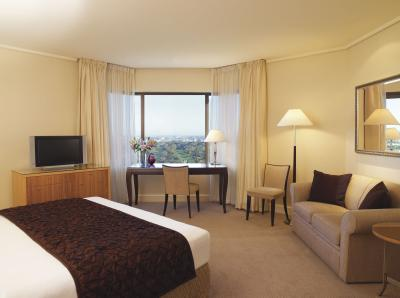 Intercontinental Adelaide - Surfers Paradise Gold Coast