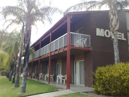 Barmera Hotel Motel - Surfers Gold Coast