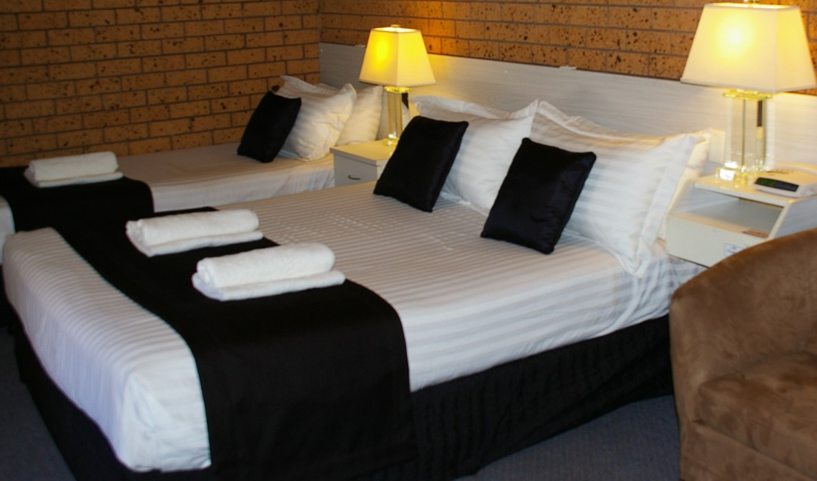 Golden Harvest Motor Inn - Surfers Paradise Gold Coast