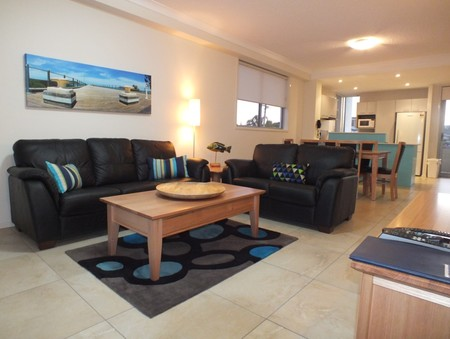 Pacific Marina Apartments - Surfers Gold Coast