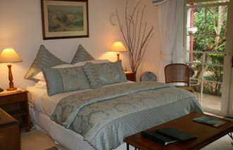 Noosa Valley Manor - Bed And Breakfast