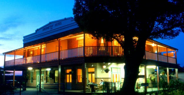 Abernethy Guesthouse - Surfers Gold Coast