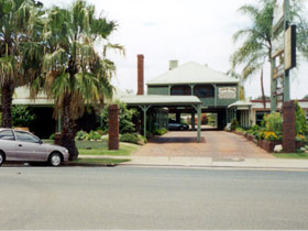 Pioneer Lodge Motel - Surfers Gold Coast