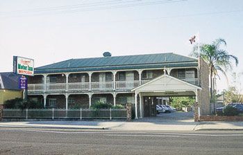 Richmond Motor Inn - Surfers Gold Coast