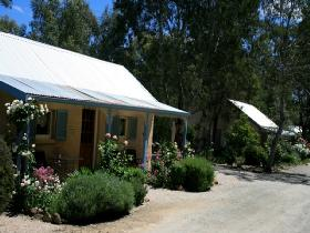 Riesling Trail Cottages - Surfers Gold Coast