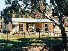 SunnyBrook Bed and Breakfast - Surfers Gold Coast