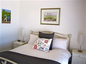 ArtWine Cottages - Surfers Paradise Gold Coast