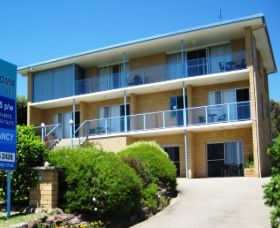 Narooma Golfers Lodge - Surfers Gold Coast