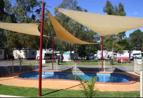 Deniliquin Riverside Caravan Park - Surfers Gold Coast