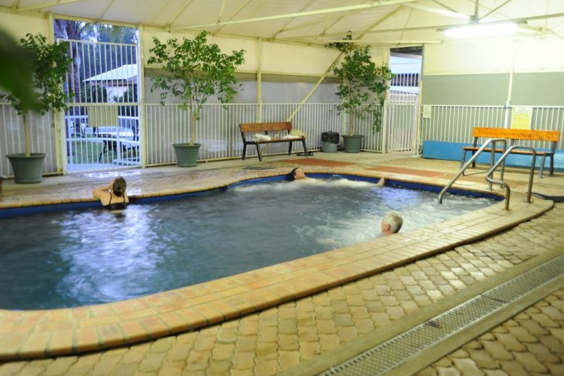 Artesian Spa Motel - Surfers Paradise Gold Coast
