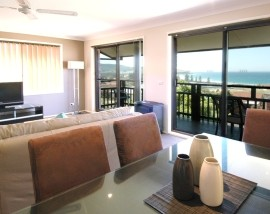 Bella Vista Gerringong - Surfers Gold Coast