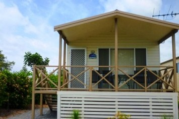 Belmont Pines Lakeside Holiday Park - Surfers Gold Coast