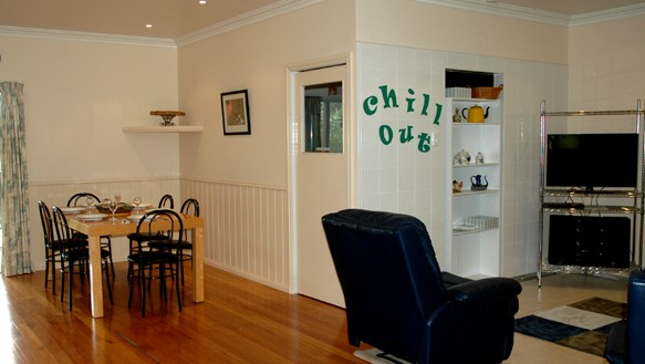 Carrs Hunter Valley Macadamia Farm Guest House - Surfers Paradise Gold Coast