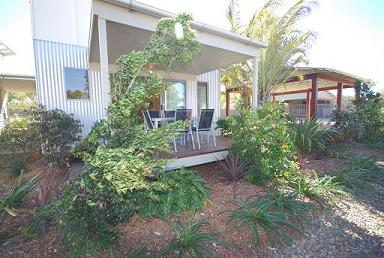 Woodgate Beach Houses - Surfers Gold Coast