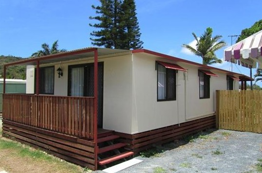 BIG4 Capricorn Palms Holiday Village - Surfers Gold Coast