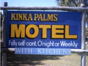 Kinka Palms Beachfront Apartments / Motel - Surfers Gold Coast