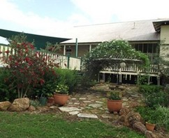 Bonus Downs Farmstay - Surfers Gold Coast