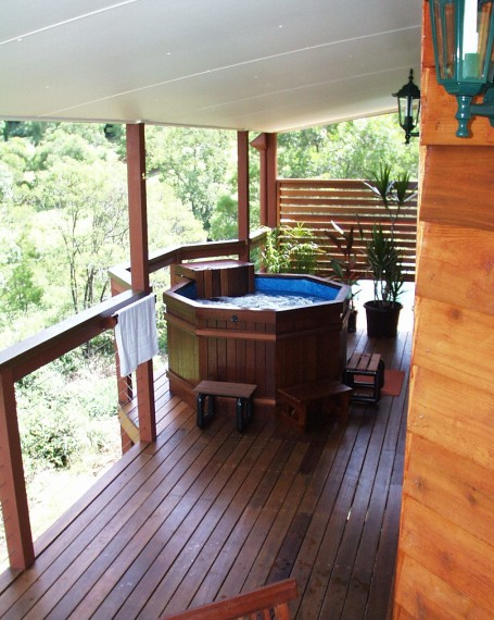 Ravensbourne Escape Holiday Cottages - Surfers Gold Coast