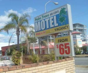 Palm Trees Motel - Surfers Gold Coast