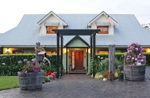 Allara Homestead Bed  Breakfast - Surfers Gold Coast