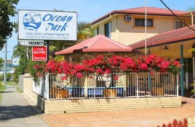 Ocean Park Motel and Holiday Apartments - Surfers Gold Coast
