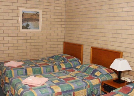 Gunsynd Motor Inn - Surfers Gold Coast