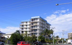 Beach Palms Holiday Apartments - Surfers Gold Coast