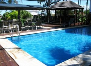Country Plaza Motor Inn - Surfers Gold Coast