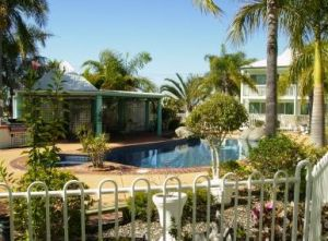 Reef Adventureland Motor Inn - Surfers Gold Coast