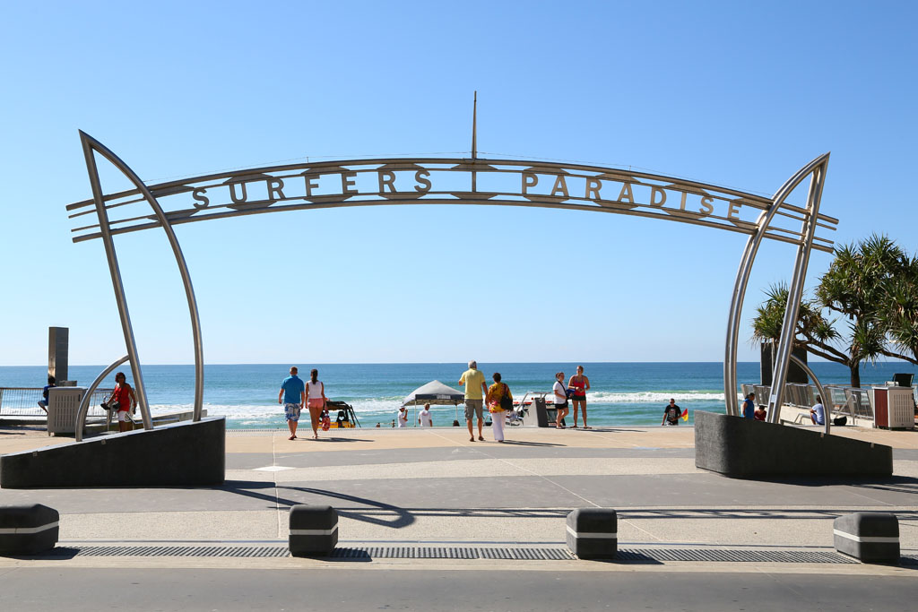 St Tropez Holiday Apartments - Surfers Paradise Gold Coast