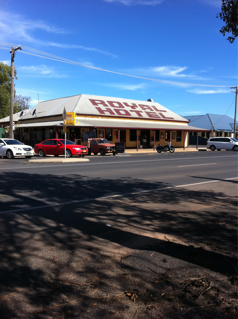 Royal Hotel Narromine - Surfers Gold Coast