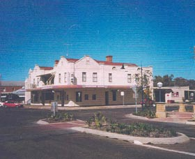 Namoi Hotel Motel - Surfers Gold Coast
