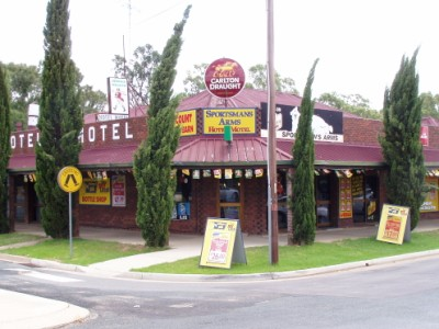 Sportsmans Arms Hotel Motel - Surfers Gold Coast