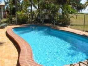 Kinka Palms Beach Front Apartments/Motel - Surfers Gold Coast