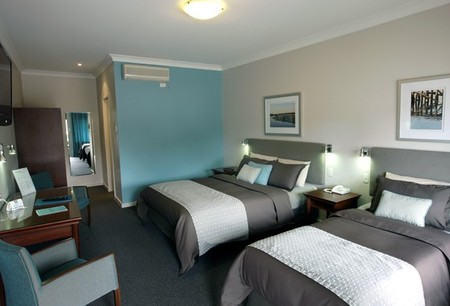 Pastoral Hotel Motel - Surfers Gold Coast