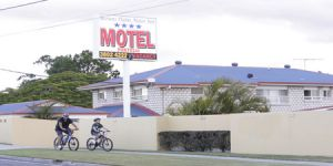 Browns Plains Motor Inn - Surfers Gold Coast