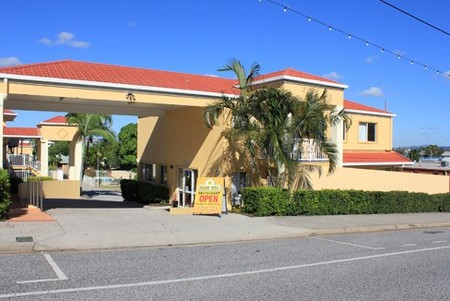 Harbour Sails Motor Inn - Surfers Gold Coast