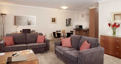 Ringwood Royale Apartment Hotel - Surfers Paradise Gold Coast