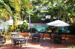 Bella Mare Beachside Apartments - Surfers Gold Coast
