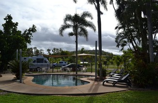Dunk Island View Caravan Park - Surfers Gold Coast