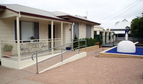 Executive Holiday Rental - Surfers Gold Coast